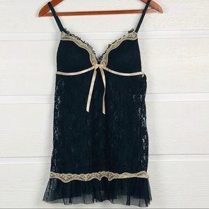 LINEA DONATELLA Black Lace Nightie